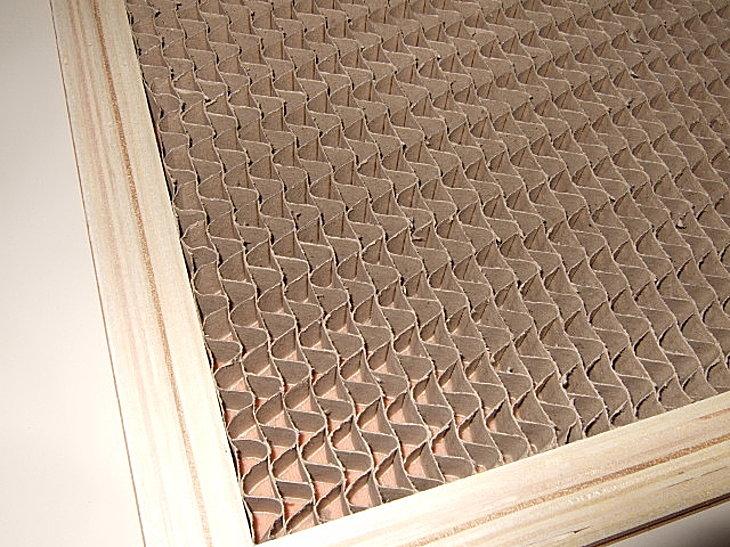 メラミン化粧板フラッシュ芯材に紙を使用しています。