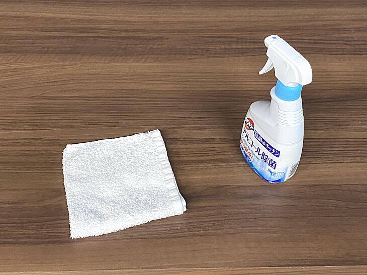 メラミン化粧板の天板をアルコール除菌消毒しても大丈夫?